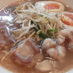 らぁ麺 國 - ホルモンラーメン醤油味 ぷりぷりホルモン