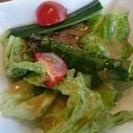 焼肉べこ壱 - セットのサラダ。