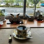 アロマPOT珈琲 - ドリンク写真:モカ・ケンプティ 酸味はほとんどないといわれた。久々にコーヒーで酔っ払う。
