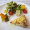 イタリアンバール ピオッジャ PIOGGIA - 料理写真:鶏とごぼうのキッシュ、前菜、サラダ