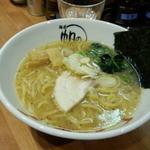 帆のる - 家白湯麺(780円)