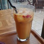 ネイバーフッド アンド コーヒー - シェイクン オレンジ ラズベリー ICED