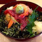 50462399 - 海鮮丼970円