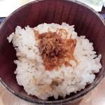 板蕎麦 香り家 - 生姜の炊き込みご飯