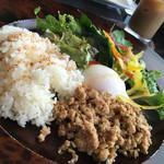 アジアン カフェ NOY'S - ガパオライス