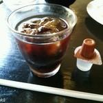 リンデン - コーヒーは単品より量少なめ
