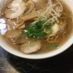 すみれ - チャーシュー麺