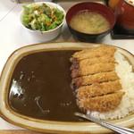 キッチン南海 - カツカレー+サラダ別盛