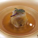 トゥ・ラ・ジョア - 和牛と越冬白菜の中華蒸し