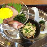 伊右ェ門 - お刺身、エゴ、炒り豆腐