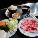 5048736 - 牛カルビ定食650円
