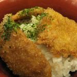 こんごう庵 - タレカツ丼 新潟カツ丼のスタンダード、甘口のたれがたまりません。