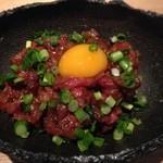 杜若 - 牛肉のユッケ