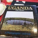 ジコフィ コーヒー ショップ - ウガンダの写真集を見せて頂きました♪