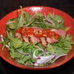 中華そば鷸 - 岩手鴨の旨みが効いた醤油ダレとドライトマトと燻製鴨肉の相性抜群!【鴨肉と野菜の和えそば】