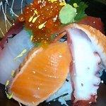 厨 - 海鮮丼(アップ)
