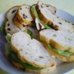 505927 - 手作りパンのサンドイッチ