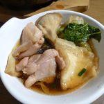 大魚 - 鶏ときのこのせんべい汁