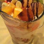 キャッツ カフェ - アンビリーバボー(2200円)