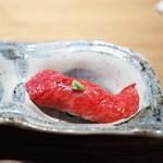 和牛贅沢重専門店 神楽坂 翔山亭 - 牛の炙り寿司