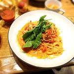 ハタケノパスタ - 料理写真:渡り蟹のトマトクリームパスタ