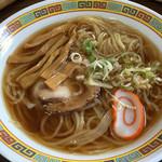 猿飛山荘 - ラーメン700円