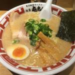 屯ちん - 料理写真:東京とんこつラーメン
