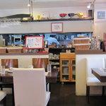 プチレストラン 雅司亭 - 内観写真:店内の様子