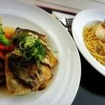 50542304 - A魚料理Bパスタを選んだら、コレが出ました(゚∀゚ゞ)
