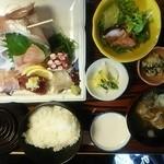 蛇の目寿司 - 地魚五品盛定食\1620
