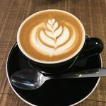 タウトナコーヒー - ドリンク写真:カプチーノ (2016.5.3)