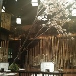 咲くら - 店内には桜が咲いています♪