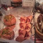 5055682 - 店内のパン