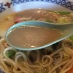 中華風居酒屋 春 - 長崎ちゃんぽんのスープ
