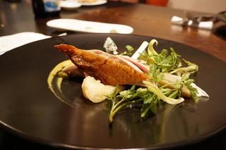 メゾン ルパン ミュラ - 茨城県産ホロホロ鶏の胸肉と山菜