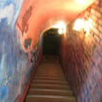 サッシ・ペレレ - 地下への階段