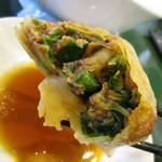 百香亭 - 鉄板餃子中味