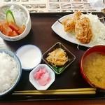 50557944 - B定食   (ご飯→半ライスに変更 -¥20引き)   ¥880