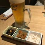 九州博多料理 幸 とりもつえん - 生ビール(630円) と お通し