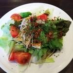 50560483 - 季節野菜とアンチョビのペペロンチーノ  スパゲティ