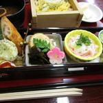 霞月楼 - 雛祭り膳 ¥2,700(H28.2)