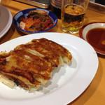 50565216 - 餃子とビール