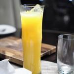 ラウンジアンドダイニング ジー - オレンジジュース