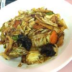 中華亭 - ガッツリな味付けのホイコーロー飯