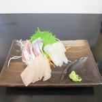 食堂のいのうえ - お刺身(三種盛)