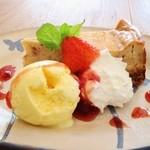イマソラ珈琲 - 自家製いちごチーズケーキ