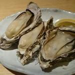 刺身居酒屋 大 - 焼き牡蠣
