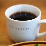 ザ・シティ・ベーカリー - コーヒーはたっぷりな量