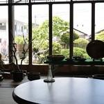 古民家カフェ 半平 - 屋内①