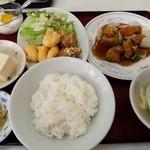 香茗苑 - D スブタ定食
